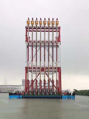 水上PVD(塑料排水板)工程船装配8台带振动锤插板机