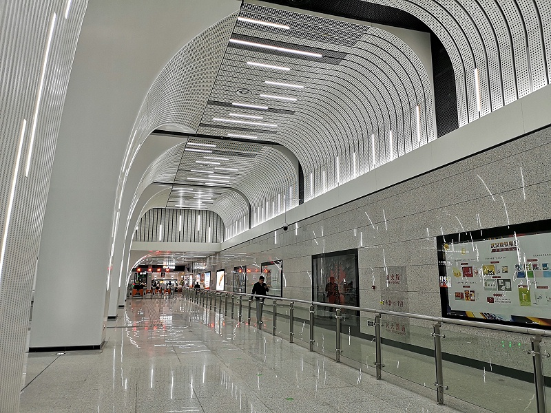 水泥土搅拌桩+SMW工法:武汉地铁8号线一徐家棚站